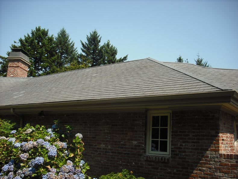 Lake Oswego Roof Cleaning And Exterior Maintenance Services