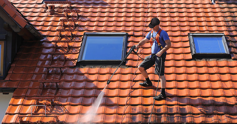 how-much-does-roof-cleaning-cost